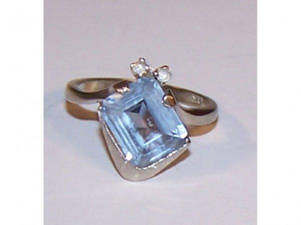 1604: 14k WG Aquamarine & Diamond Ring