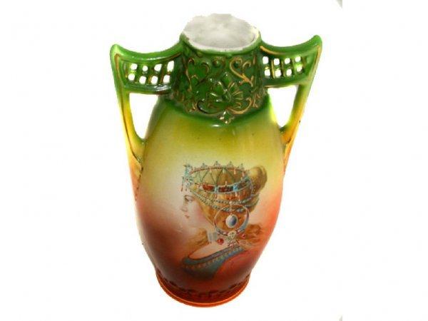 1609: Victorian Porcelain Portrait Vase