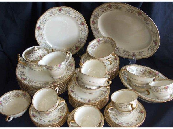 516: 30 + Assorted Bavarian Porcelain Dishware