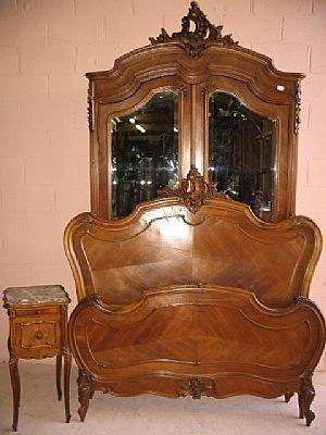 2002: Louis XV French Bedroom Set