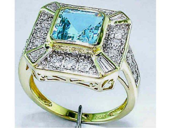 3461: Fine 3.25 ct. Aquamarine & Diamond Ring