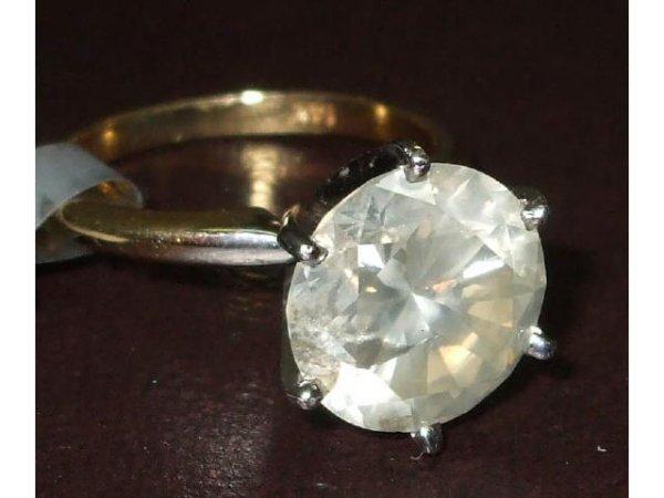 1039: LARGE 5 ct. SINGLE STONE Diamond Ring
