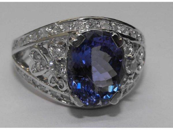 8023: Tanzanite & Diamond Ring  Ap.$ 10,806