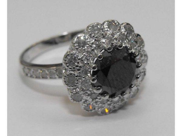 9: Ladies Black Diamond Ring Ap. $ 6873