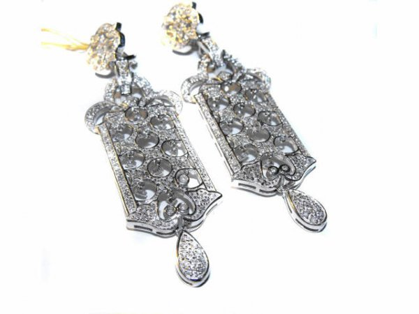 6107: Ultra Fancy Diamond Earrings (2.81 ct. ) $9.4k