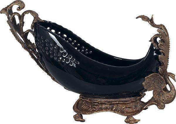 1018: Black & Bronze Banana Boat