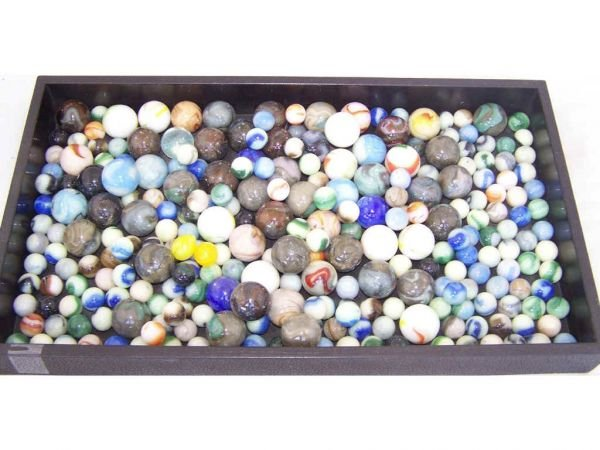 999: Lot of HUNDREDS of Glass Marbles