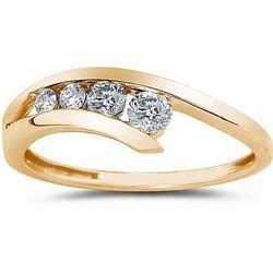 3048: 14k Yellow Gold 1/4ct TDW Diamond Journey Ring
