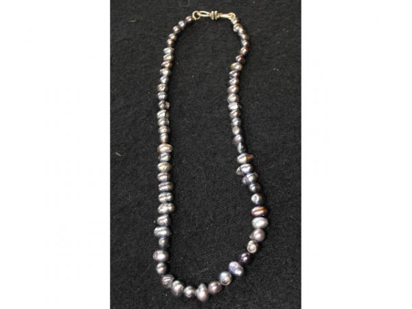2000: Strung Fresh Water Amethyst  Color Pearls