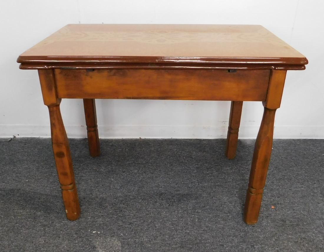 1940 S Enamel Top Kitchen Refractory Table May 26 2019 Homestead Auction Of Tennessee In Tn