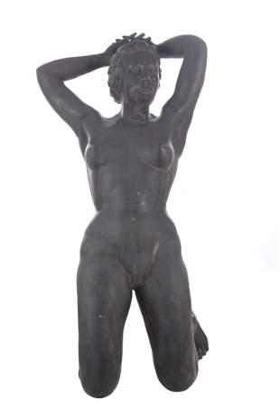 """Sculpture de jardin. XXe """"Jeune femme agenouillée"""""""