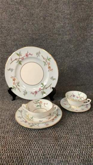 110 Pieces Royal Worcester China