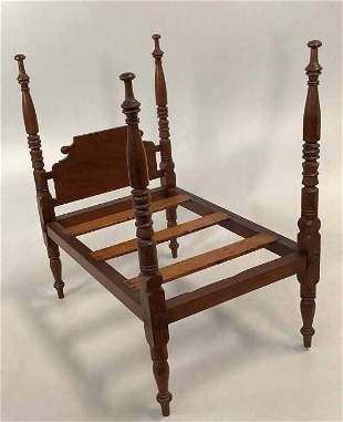 4 Poster Doll Bed