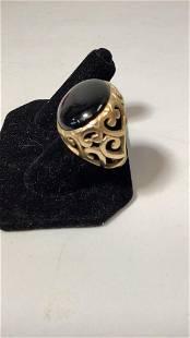 14 k Yellow Gold Onyx Ring