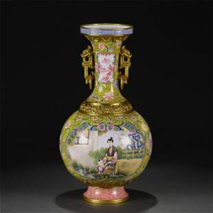 A PAINTED ENAMEL VASE WITH DOUBLE HANDLES