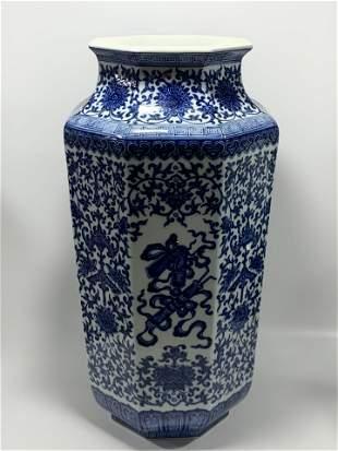 LARGE BLUE AND WHITE HEXAGONAL PORCELAIN VASE, QIANLONG