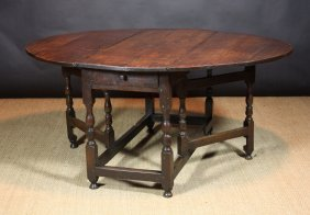 A Late 17th/Early 18th Century Gateleg Table With A