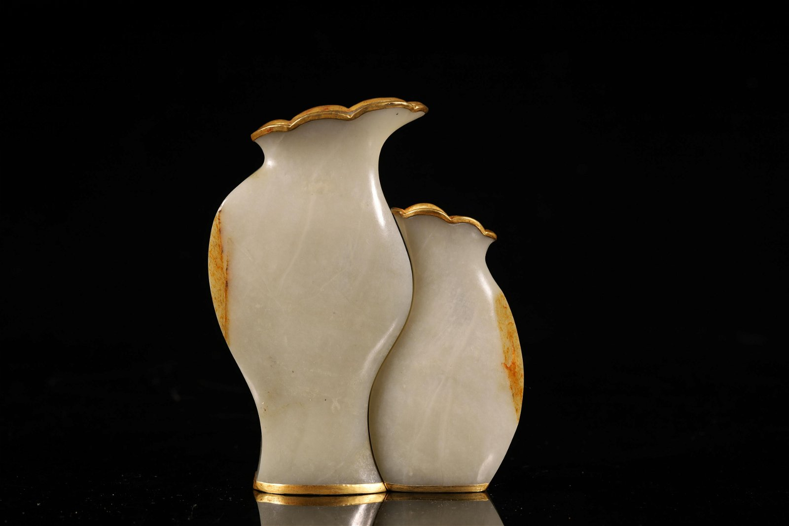 A Pair of Delicate White Jade Gold-covered Vases