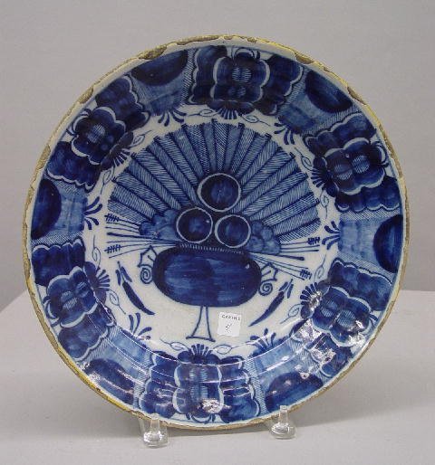 4: ENGLISH DELFT CHARGER. Cobalt and medium blue peacoc