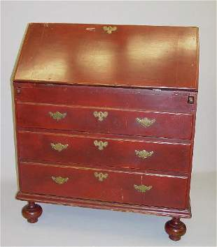 WILLIAM AND MARY COUNTRY SLANT LID DESK. Maple and