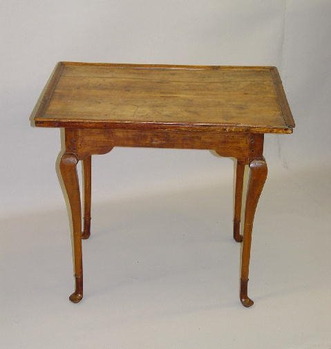 1: QUEEN ANNE TEA TABLE. Maple and birch with an old re