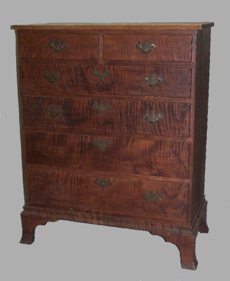 326: COUNTRY CHIPPENDALE CHEST IN CURLY MAPLE. Old refi