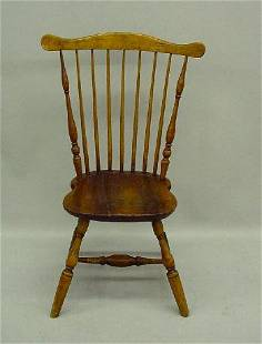 FANBACK WINDSOR SIDE CHAIR. Old refinishing with b