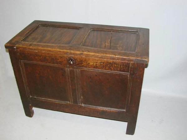 21: DIMINUTIVE COFFER OR BLANKET CHEST. English, 18th C