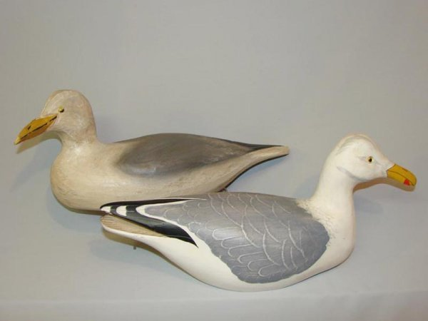 526: TWO SEAGULL DECOYS. American, 20th Century. One si