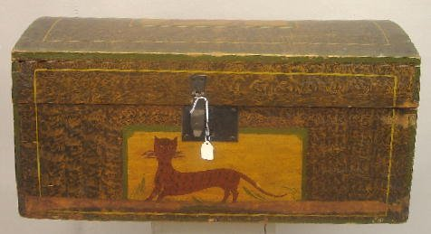 349: LARGE DOME TOP BOX WITH RARE CAT DECORATION. Popla