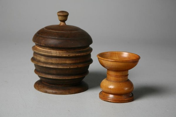 23: TWO PIECES OF TREENWARE. American, late 19th Centur