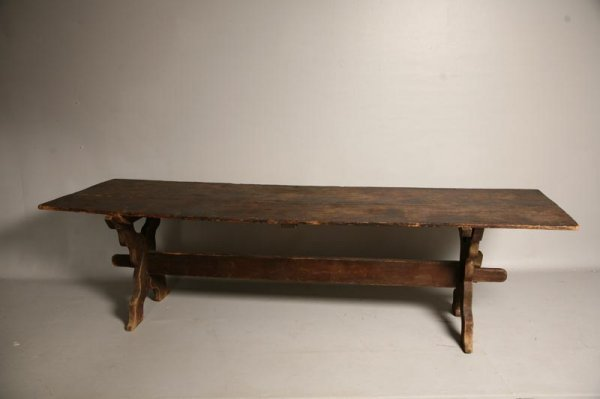 229: EARLY TRESTLE TABLE. Possibly Pennsylvania, late 1