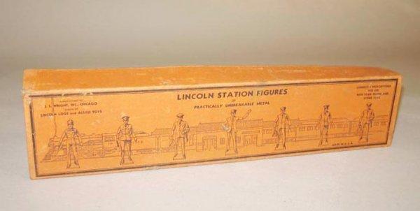 413: LINCOLN STATION FIGURES IN ORIGINAL BOX. Manufactu