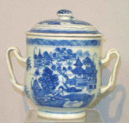 10: CANTON SUGAR BOWL. Double intertwined handles with