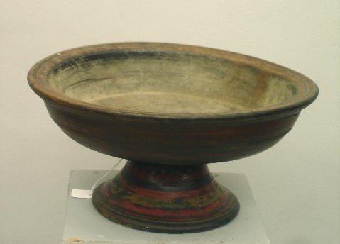 441: LARGE TREENWARE COMPOTE. Walnut with relief turned