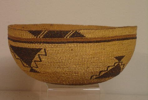 848: NORTHERN CALIFORNIA BASKETRY HAT. Finely twined wi