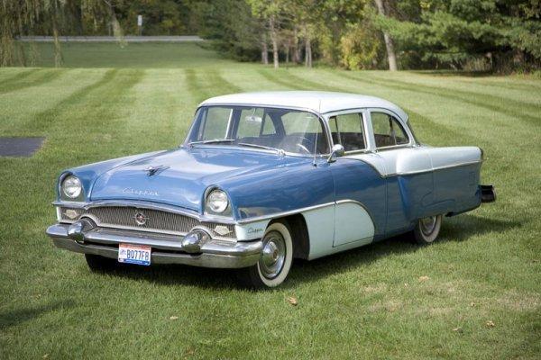 425: 1955 PACKARD CLIPPER CUSTOM.