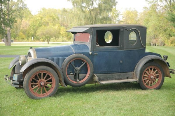 426: 1924 KISSEL 6-55 COUPE.