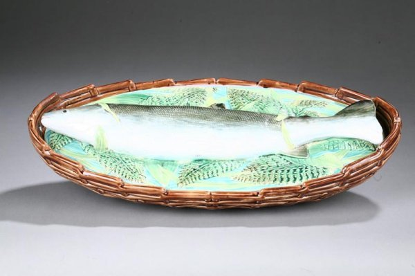1011: MAJOLICA FISH BASKET. With a trout and foilage de