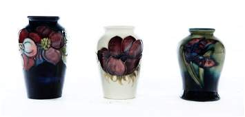 THREE SMALL MOORCROFT ART POTTERY CABINET PIECES.