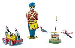 THREE WIND UP TIN TOYS INCLUDING DRUMMER