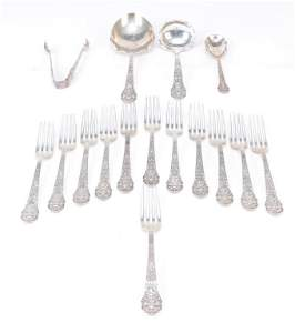 SIXTEEN PIECES MEDICI PATTERN STERLING FLATWARE.