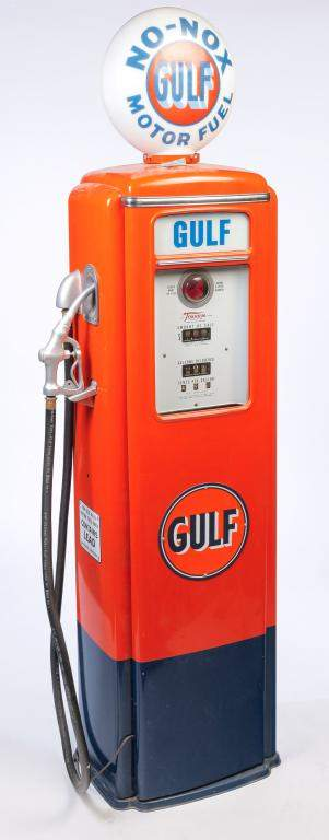 "AMERICAN ""GULF OIL"" GAS PUMP."