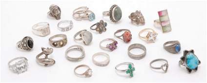 GROUP OF STERLING SILVER VINTAGE  FASHION RINGS