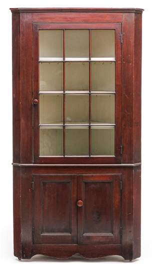 AMERICAN COUNTRY CORNER CUPBOARD.