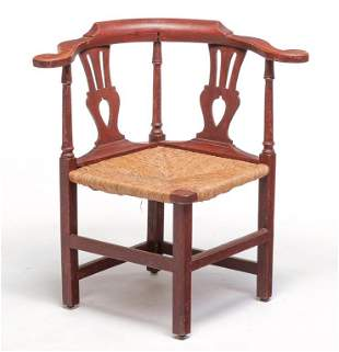 AMERICAN CHIPPENDALE CORNER CHAIR.