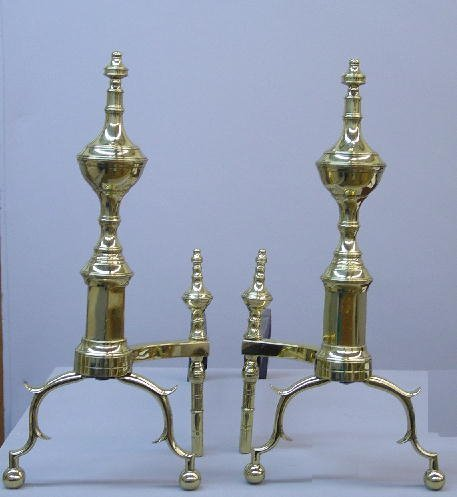11: PAIR OF EARLY AMERICAN BRASS ANDIRONS. Ba