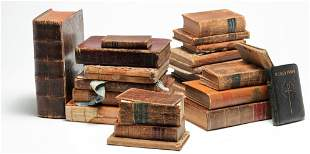 GROUP OF MOSTLY LEATHERBOUND BOOKS.