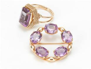 VINTAGE GOLD AND AMETHYST RING AND PIN.