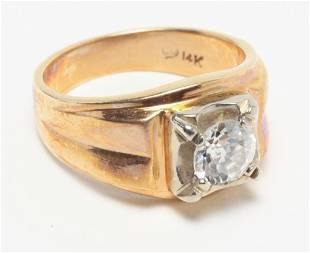 VINTAGE MENS DIAMOND SOLITAIRE RING.